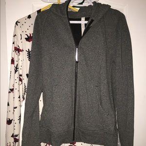 Lululemon hoodie size 12 fits 10